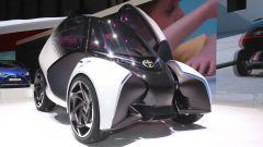 Toyota i-TRIL Concept: la carreggiata frontale è di 1,2 metri
