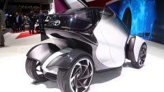 Toyota i-TRIL Concept: la carreggiata posteriore misura 60 cm