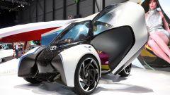 Toyota i-TRIL Concept: le portiere sono ad apertura verticale