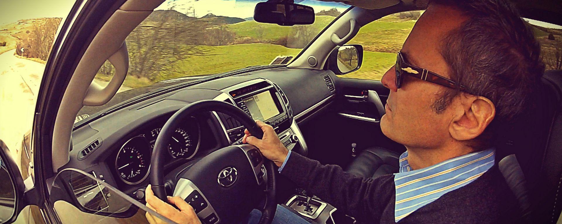 Toyota Land Cruiser V8 Style