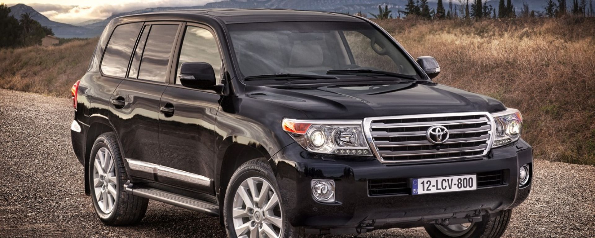 Toyota Land Cruiser V8 2012