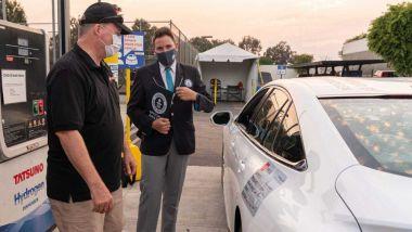 Toyota Mirai 2021 è primato di percorrenza in California