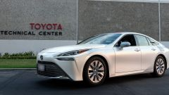 Toyota Mirai: record di percorrenza con un pieno d'idrogeno