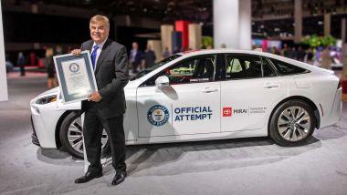 Toyota Mirai 2021: il certificato del Guinness World Record