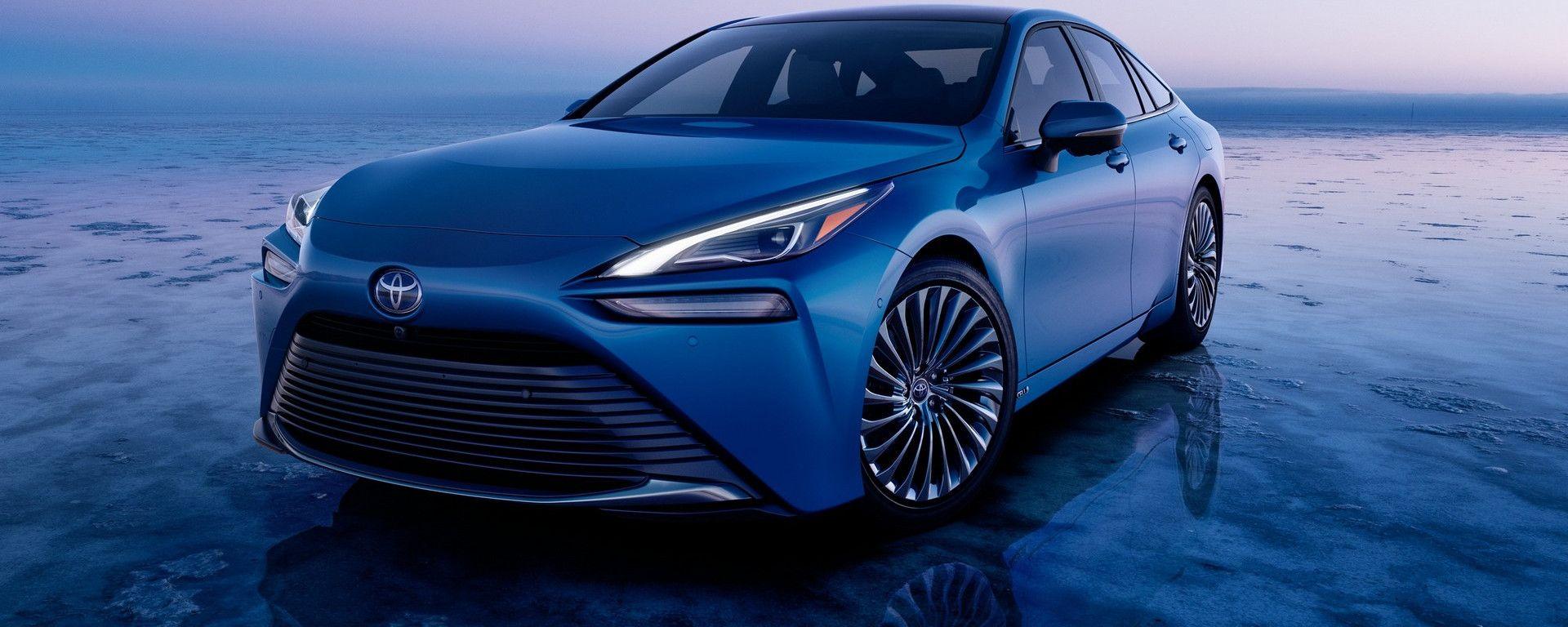 Toyota Mirai 2021: la potenza cresce a 182 CV