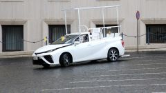 Toyota Mirai, una papamobile a emissioni zero