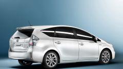 Toyota Prius Alpha - Immagine: 2