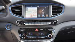 Toyota Prius vs Hyundai Ioniq vs Kia Niro | Ibride: quale scegliere? [VIDEO] - Immagine: 61