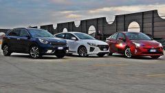 Toyota Prius vs Hyundai Ioniq vs Kia Niro | Ibride: quale scegliere? [VIDEO] - Immagine: 1