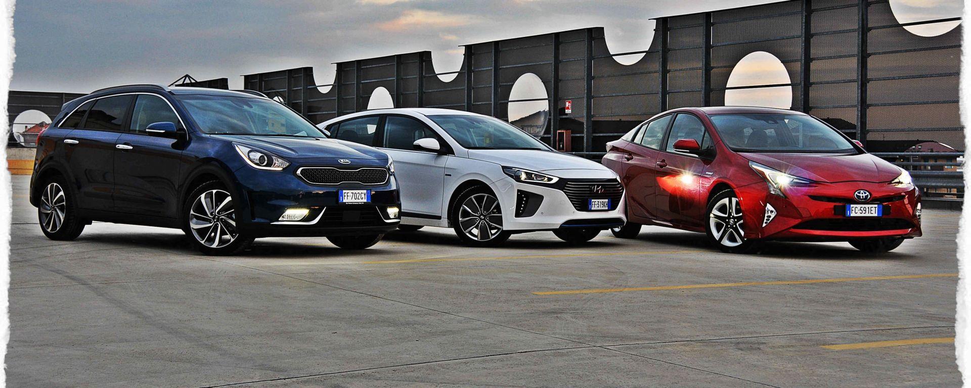 Toyota Prius vs Hyundai Ioniq vs Kia Niro | Ibride: quale scegliere? [VIDEO]