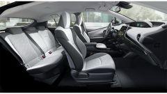 Toyota Prius Phev MY 2019: gl interni