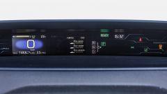 Toyota Prius Plug-In 2017 - la prova su strada, strumenti di bordo