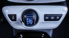 Toyota Prius Plug-In 2017 - la prova su strada