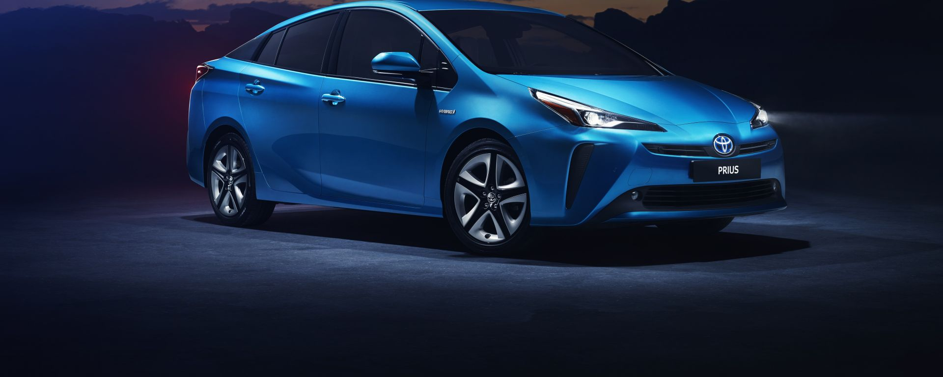 Toyota Prius restyling 2019, anche 4x4