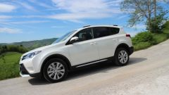 Toyota RAV4 2.0 D-4D Lounge White Edition - Immagine: 3