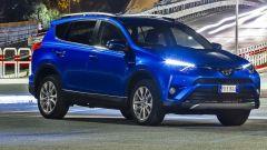 Toyota RAV4 Hybrid 2016: listino ed equipaggiamenti - Immagine: 1
