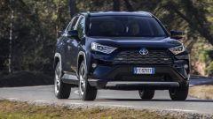 Toyota Rav4 Hybrid 2019: su strada col SUV ibrido - Immagine: 5