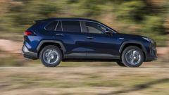 Toyota Rav4 Hybrid 2019: su strada col SUV ibrido - Immagine: 7