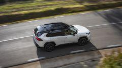 Toyota Rav4 Hybrid 2019: su strada col SUV ibrido - Immagine: 17