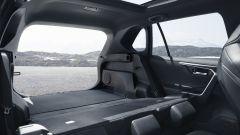 Toyota Rav4 Hybrid 2019: su strada col SUV ibrido - Immagine: 32