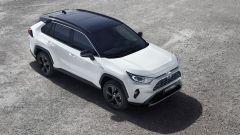 Toyota Rav4 Hybrid, si può ordinare: ecco i prezzi e... lo sconto - Immagine: 2