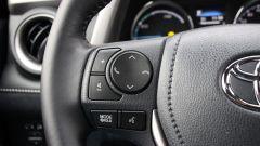 Toyota RAV4 Hybrid: i comandi al volante