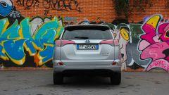 Toyota RAV4 Hybrid: vista posteriore