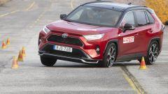 Toyota RAV4 Plug-in Hybrid bocciata al test dell'alce