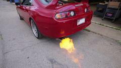 Toyota Supra: le fiammate si ottengono con una modifica alla programmazione della ECU