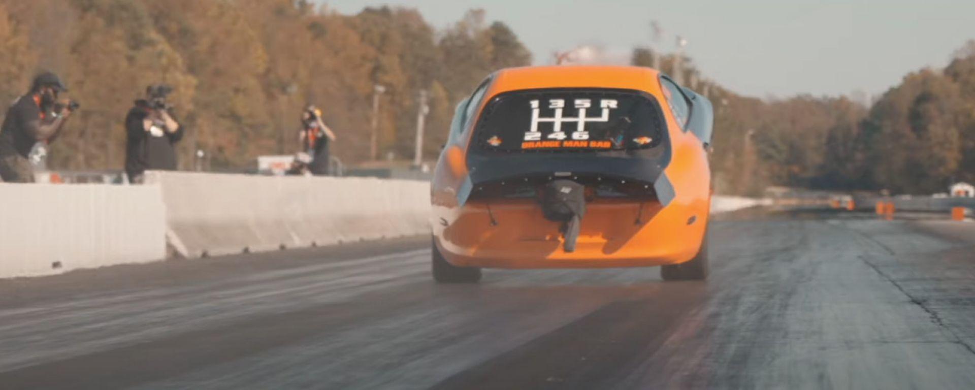 Toyota Supra: Orange Man Bad è la più veloce auto manuale sul 1/4 di miglio