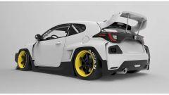 Toyota Yaris GR kit Rocket Bunny: alettone gigante e larghezza da camion coi passaruota maggiorati
