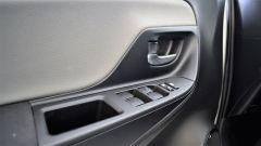 Toyota Yaris Hybrid 2017: i comandi dell'alzacristalli