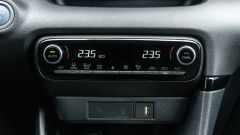 Toyota Yaris Hybrid 2020, i comandi del climatizzatore
