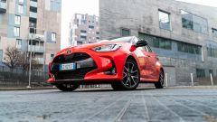 Toyota Yaris Hybrid 2020, una prospettiva difficile da apprezzare su strada