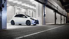 Toyota Yaris Hybrid R - Immagine: 10