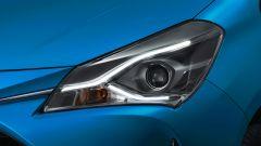 Toyota Yaris restyling: bella la firma luminosa all'anteriore