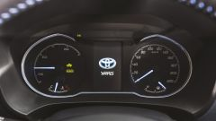 Toyota Yaris Y20: dettaglio cruscotto