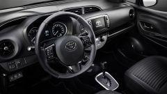Toyota Yaris Y20: particolare interni