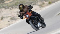 Tra le curve con l'Harley-Davidson LiveWire