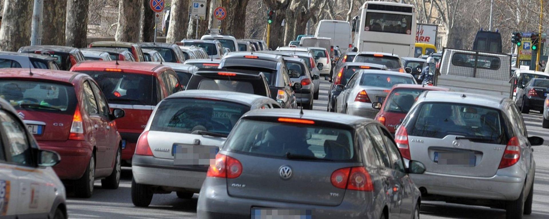 Traffico in tilt, forti perdite economiche per le aziende