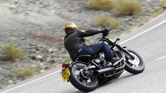 Triumph Bobber Black 2018: la prova su strada in video - Immagine: 9