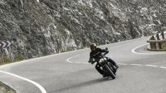 Triumph Bobber Black 2018: la prova su strada in video - Immagine: 15
