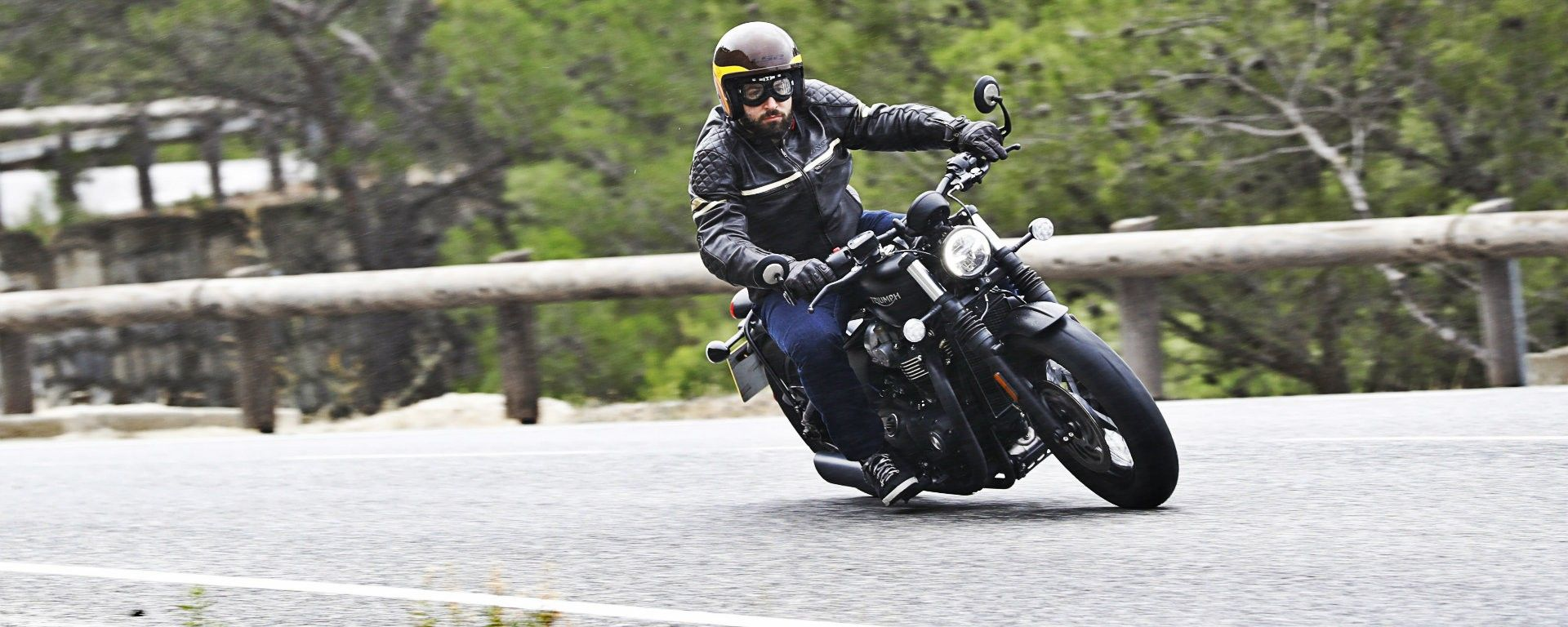 Triumph Bobber Black 2018: la prova su strada in video