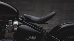 Triumph Bobber Black: la sella regolabile