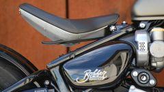 Triumph Bonneville Bobber: la sella
