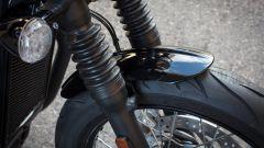 Triumph Bonneville Bobber: prova, prezzo e caratteristiche [video] - Immagine: 24