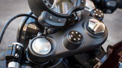 Triumph Bonneville Bobber: prova, prezzo e caratteristiche [video] - Immagine: 28