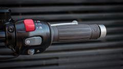 Triumph Bonneville Bobber: prova, prezzo e caratteristiche [video] - Immagine: 39