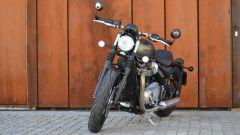 Triumph Bonneville Bobber: vista frontale