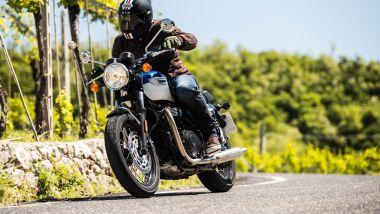 Triumph Bonneville: la T100 tra i vigneti della Valpolicella